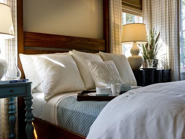 Master-Suite-Bedroom-of-HGTV-Dream-Home-2013_01