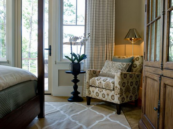 Master-Suite-Bedroom-of-HGTV-Dream-Home-2013_06