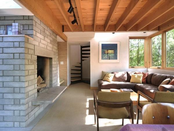 McLeod-House-03-1-750x562