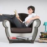 เก้าอี้โซฟาไอเดียใหม่ ด้านล่างเจาะช่องเป็นที่เก็บของ แทนชั้นวางหนังสือ