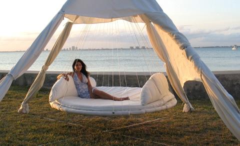 floating-bed-designrulz-3