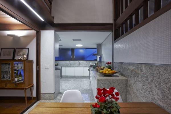 modern-villa-Freshome11