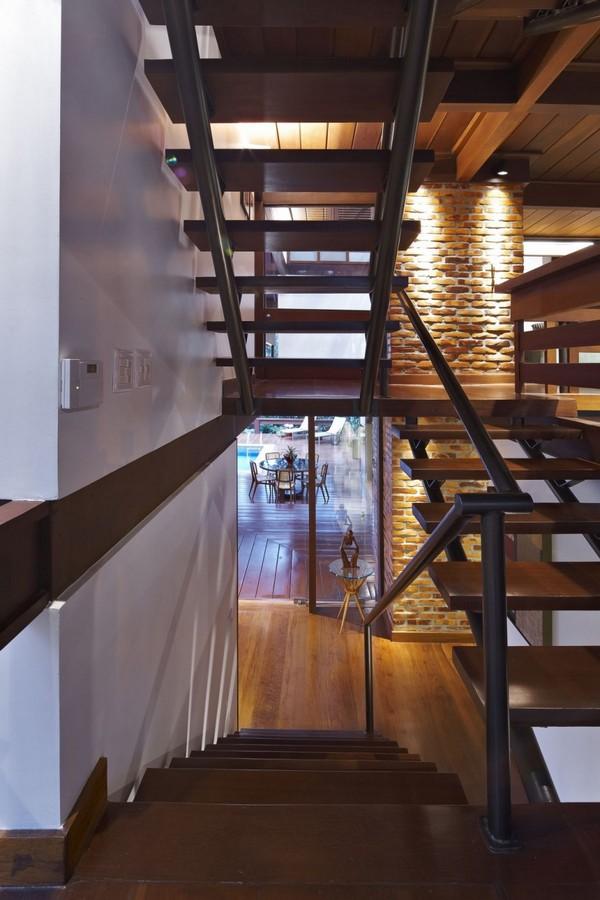 modern-villa-Freshome13
