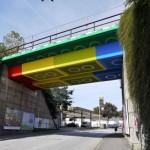 แปลงโฉมสะพานในประเทศเยอรมนี ให้เป็นรูปตัวต่อเลโก้อย่างสร้างสรรค์