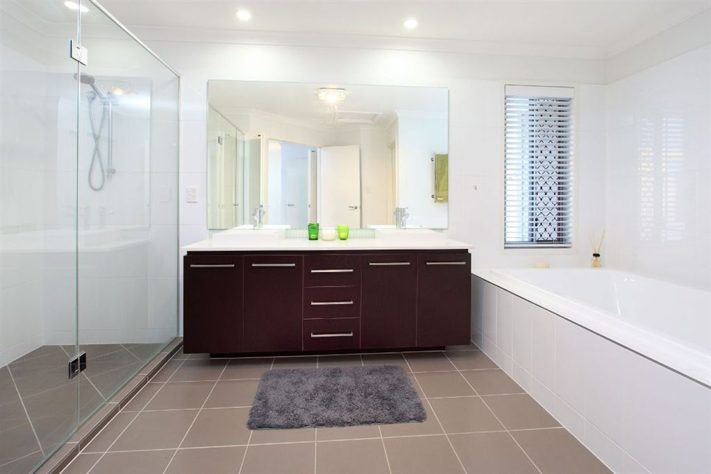 129-QGB4444-Brisbane-East
