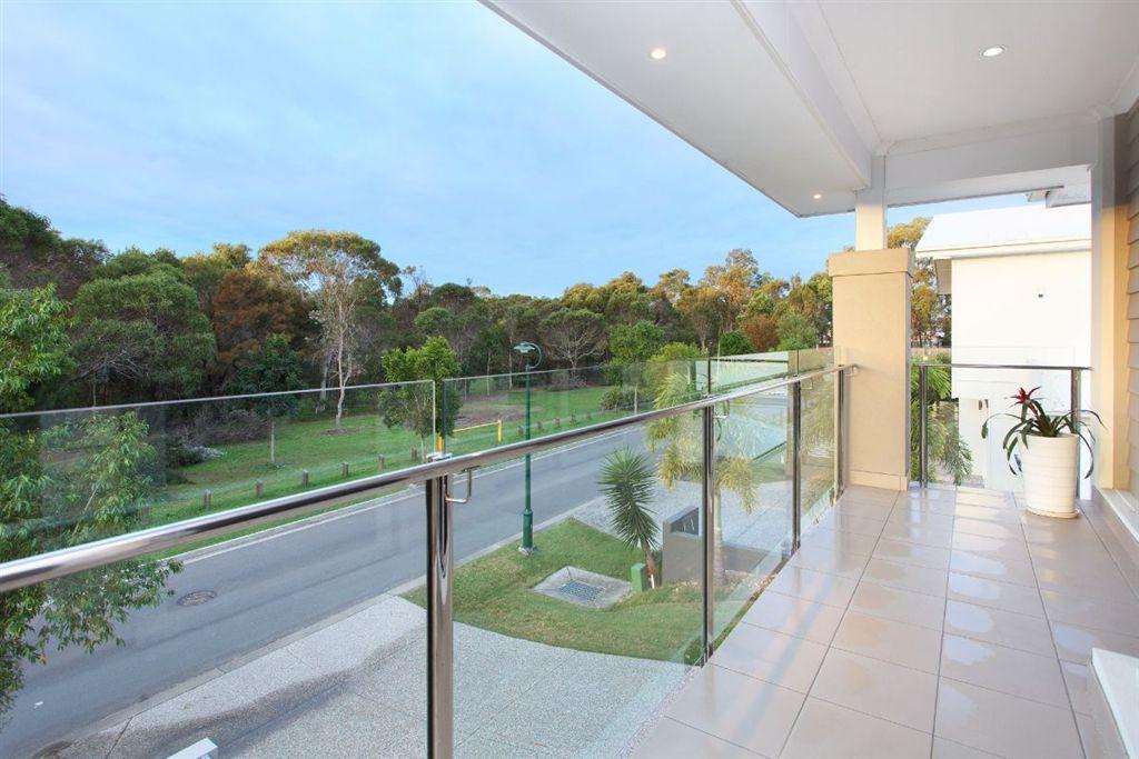 137-QGB4444-Brisbane-East