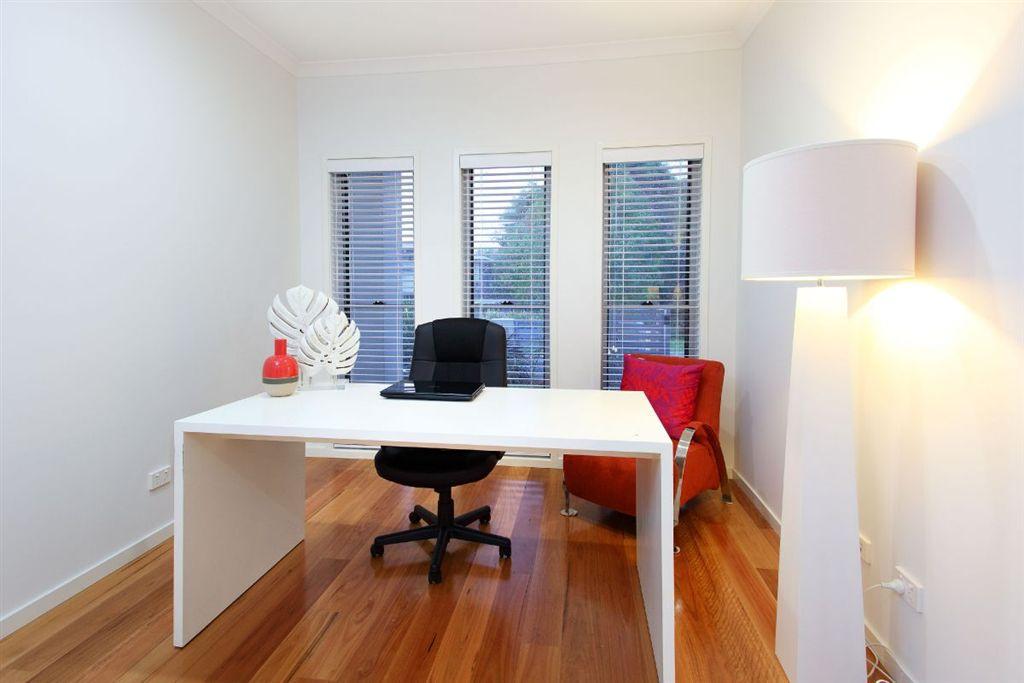 153-QGB4444-Brisbane-East