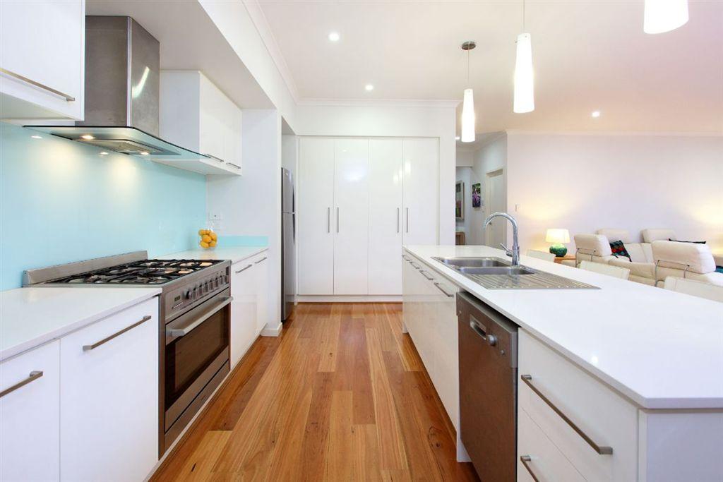 169-QGB4444-Brisbane-East