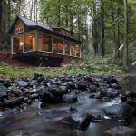 แบบบ้านกระท่อมไม้สองชั้น ความคลาสสิคและความทันสมัย ที่เข้ากันอย่างลงตัว