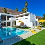 แบบบ้านสองชั้นแนวโมเดิร์น ใช้สีขาวทั้งหลังดูเรียบหรู มีสระว่ายน้ำส่วนตัว