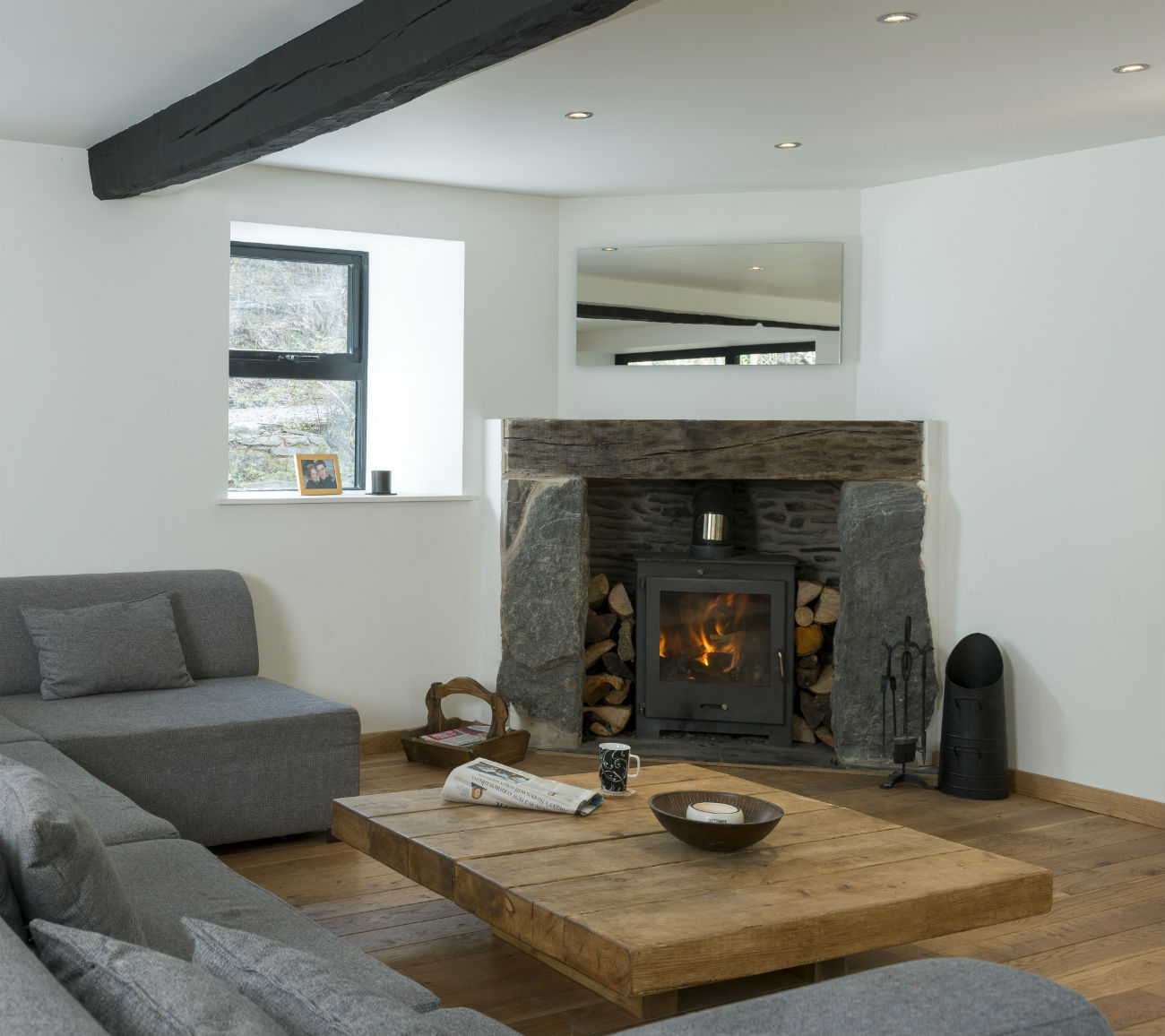 Living-Room-Rustic-Elements