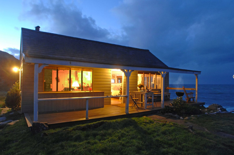beach cottage wood house romantic (4)