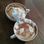 ผลงานศิลปะบนแก้วกาแฟลายน่ารักๆ จากนักชงกาแฟศิลปินชาวญี่ปุ่น