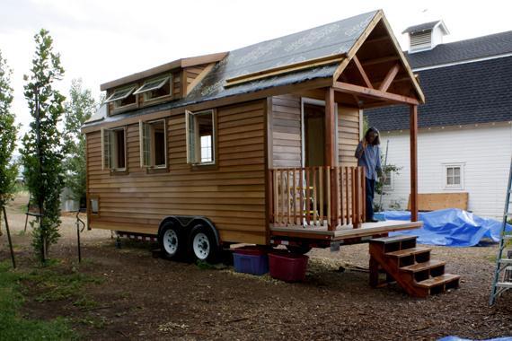 protohaus_trailer_home_07