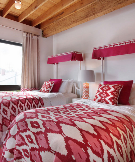 red-pattern-bedding-ictcrop_gal