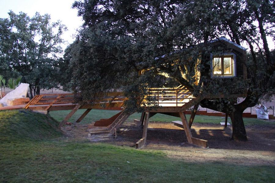 small tree house (4)
