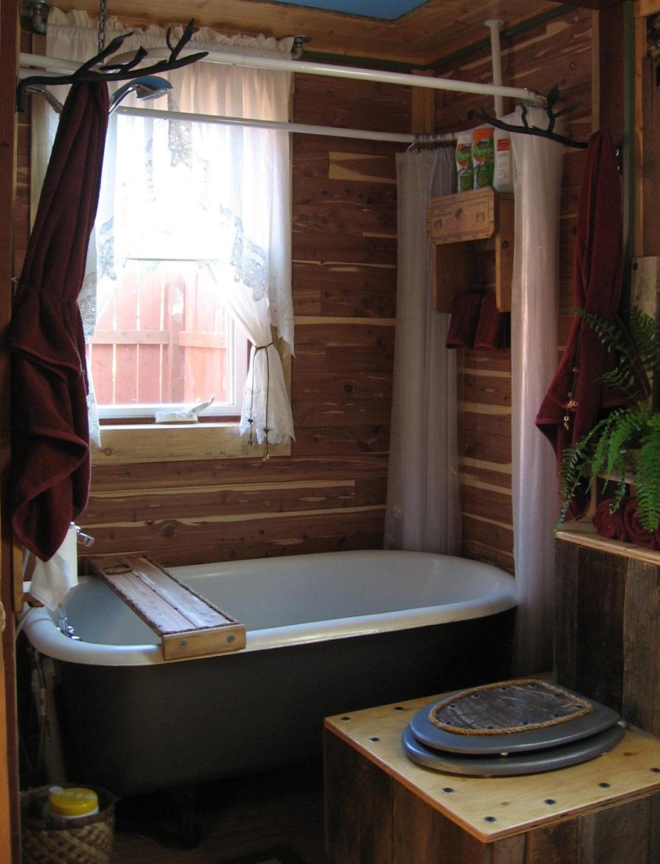 cottage wood in garden (2)