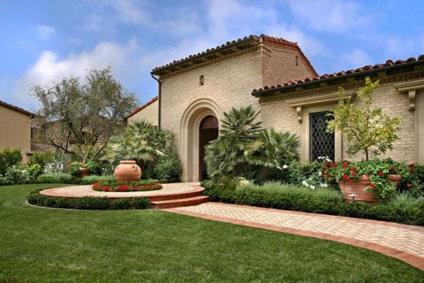 lanscape lawn idea for you house (4)