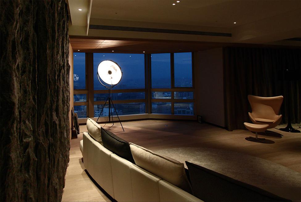 modern contemporary rich room condominium decoration (10)