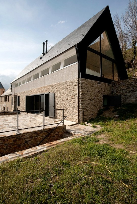 modern house lighting hill (9)