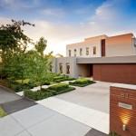 แบบบ้านปูนสองชั้น ออกแบบอย่างเรียบง่ายในแนวคิดโมเดิร์นร่วมสมัย