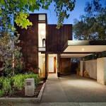 แบบบ้านสองชั้นแนวโมเดิร์น พร้อมพื้นที่สวนป่ารอบบ้าน ดูร่มรื่นเป็นธรรมชาติ