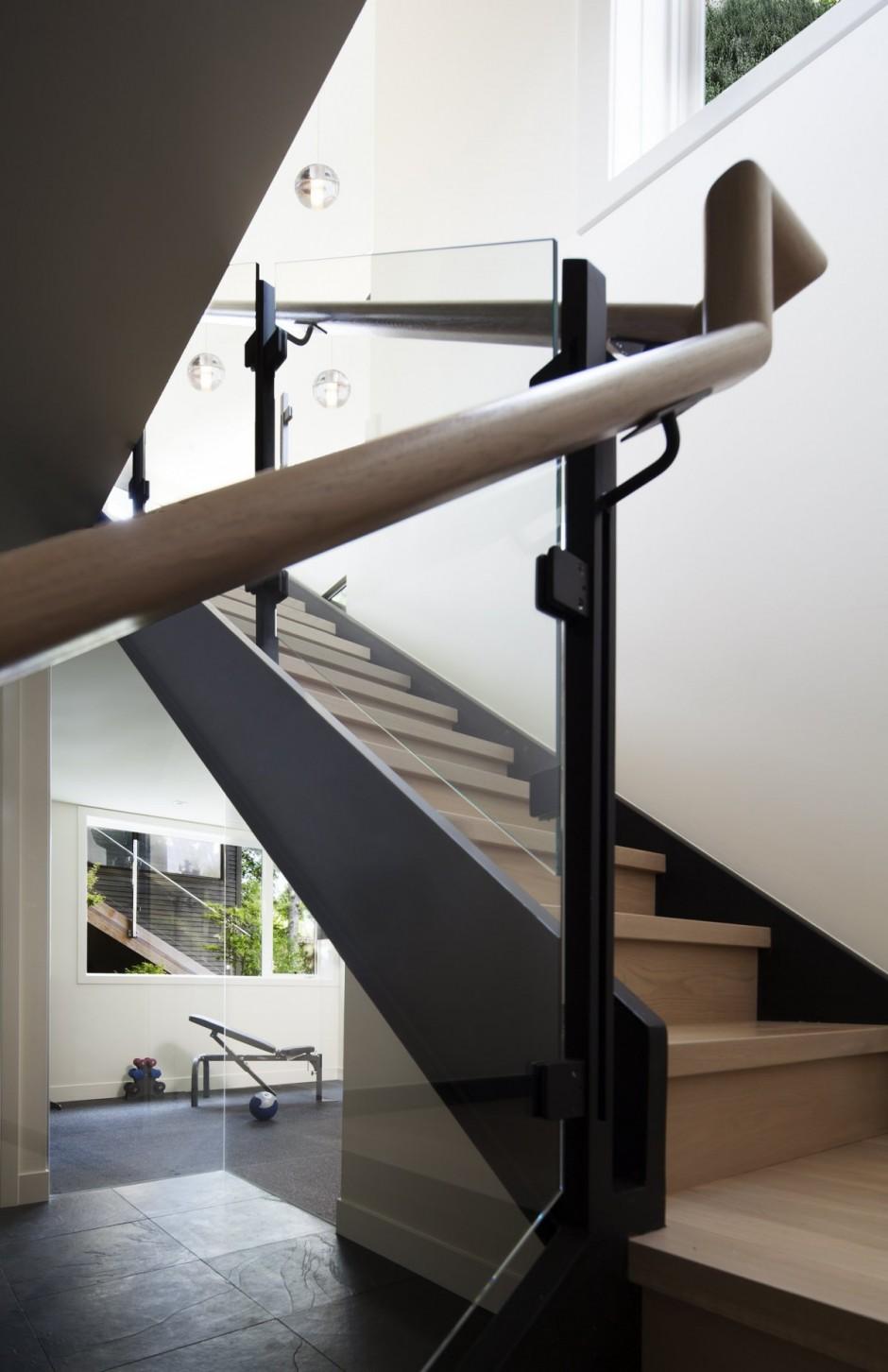 modern monotone house design (4)