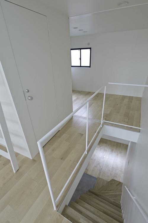 modern townhouse in city japan minimal (10)