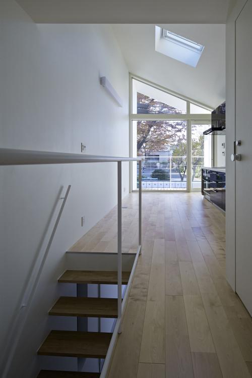 modern townhouse in city japan minimal (15)