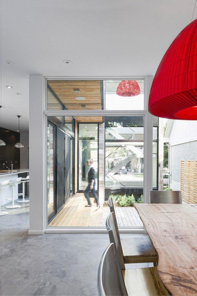 modern wood glass townhouse (7)