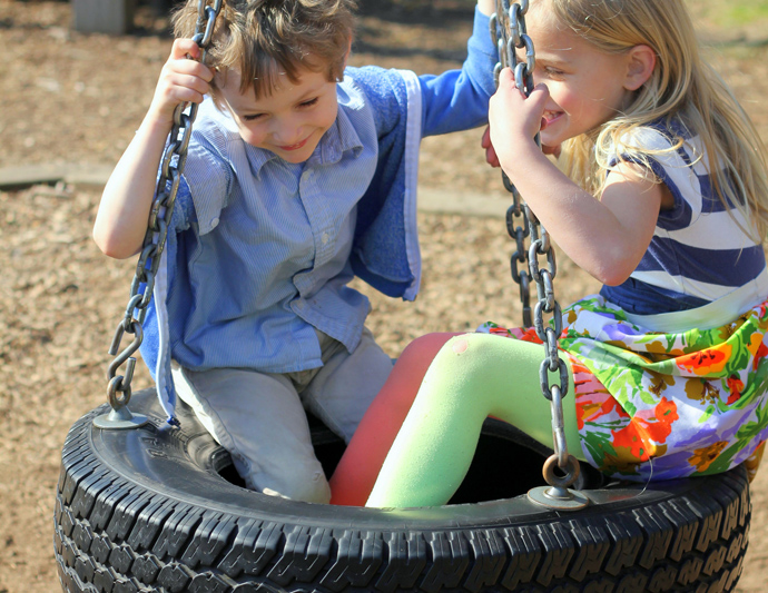 recycle tires become toys for children (3)