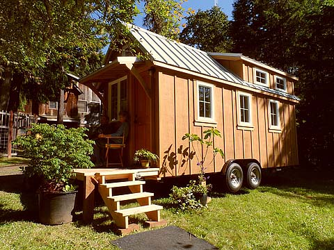 small cottage house trailer (1)