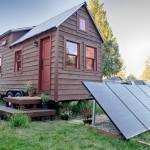 บ้านหลังเล็กสุดคลาสสิค ตกแต่งด้วยไม้ทั้งหลัง ใช้พื้นที่คุ้มค่าทุกตารางนิ้ว