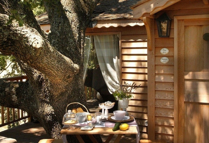 small treehouse wooden cottage (6)