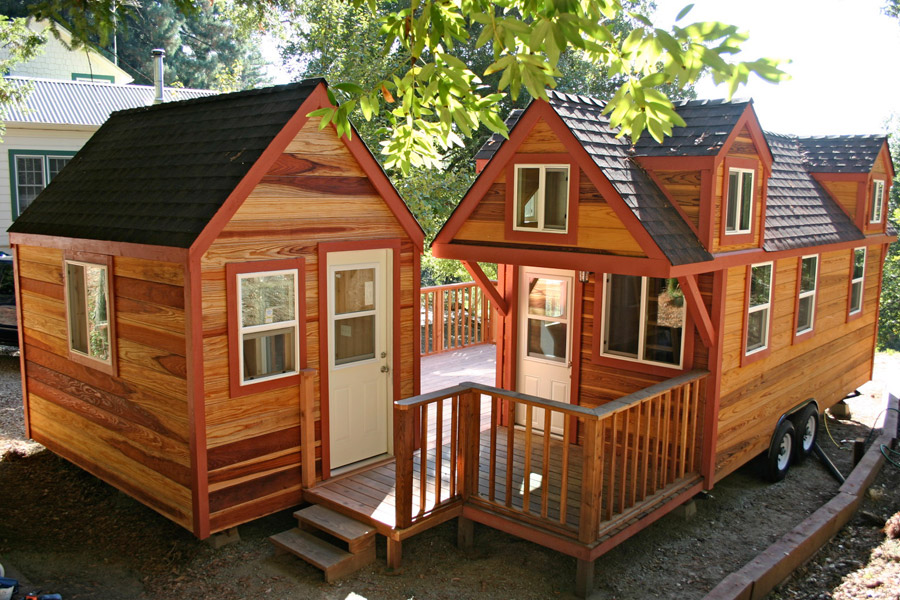 small two wooden classic cottage cute (7)