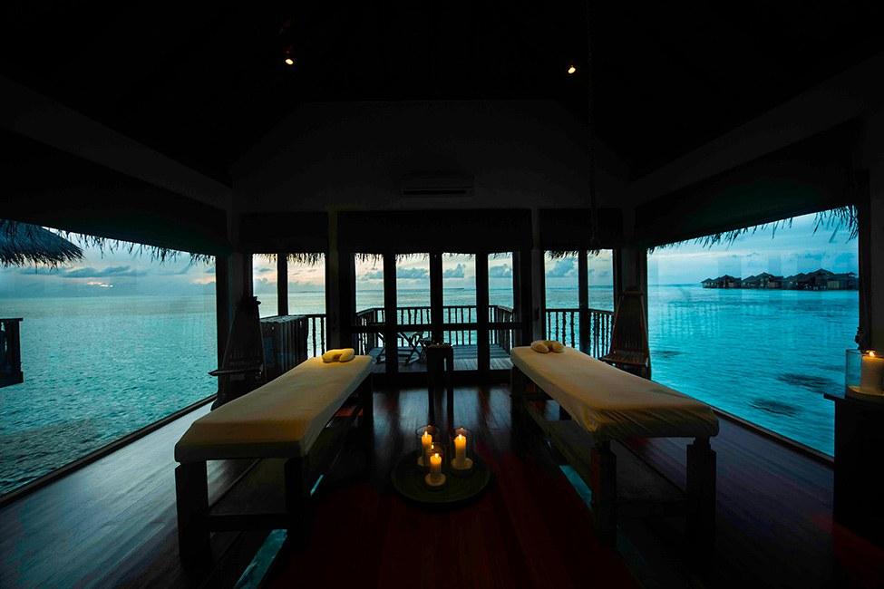 Gili Lankanfush resort maldives (11)