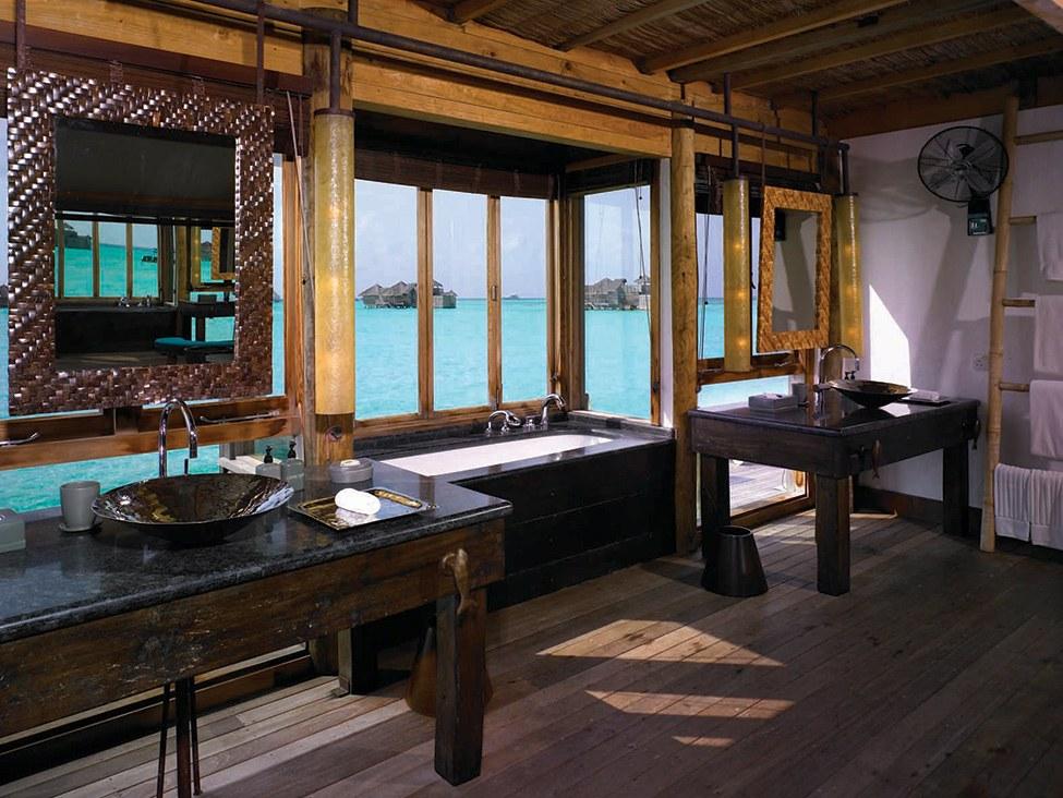 Gili Lankanfush resort maldives (13)