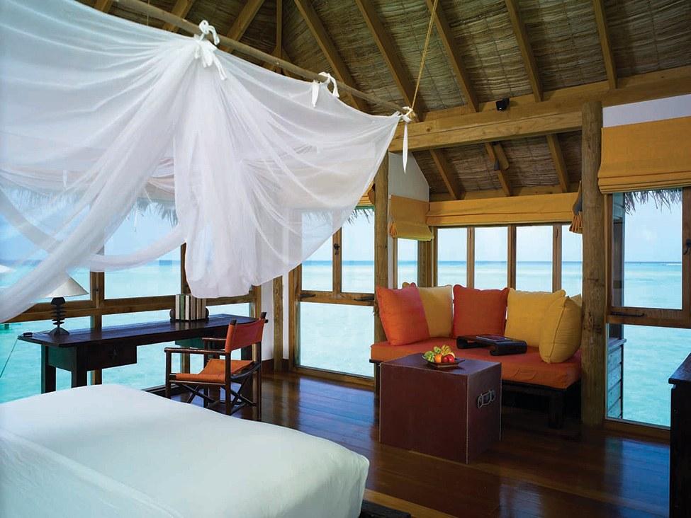 Gili Lankanfush resort maldives (16)