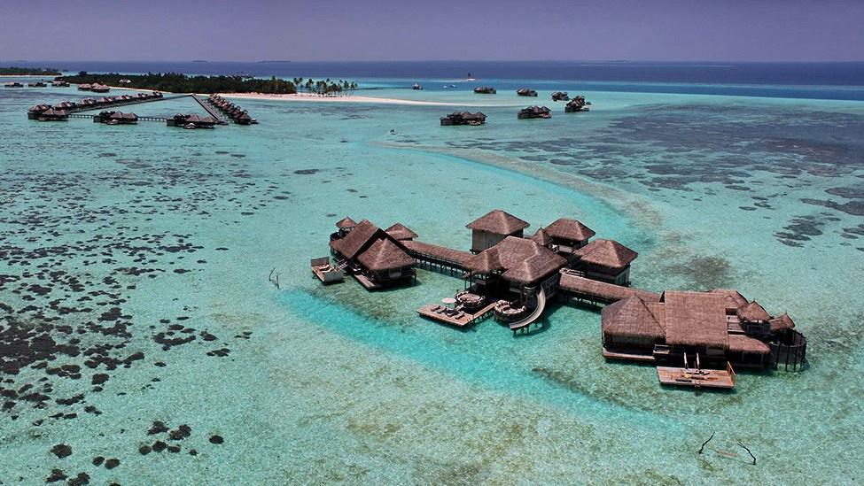 Gili Lankanfush resort maldives (3)