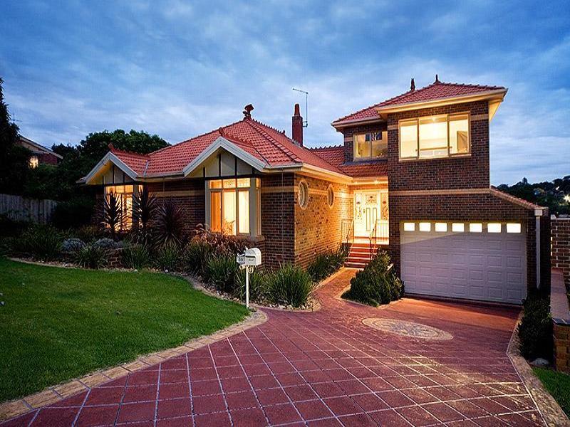 classic brick house garden (11)