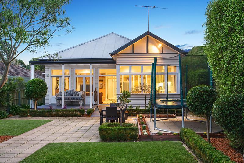 contemporary cottage house garden vintage (6)