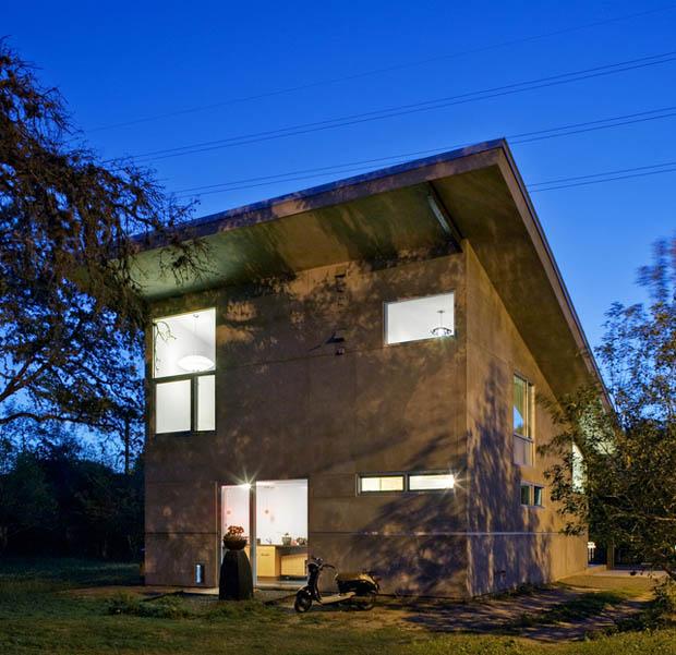 house concrete glass lawn (3)