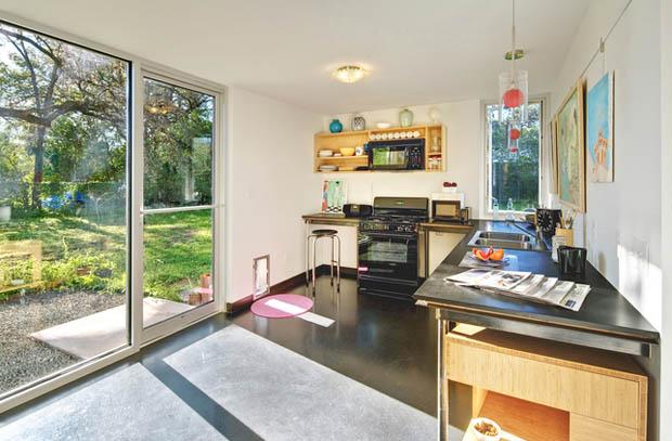 house concrete glass lawn (4)