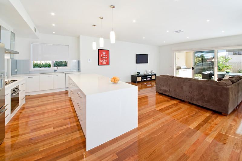 house modern contemporary 5 bed 3 bath (7)