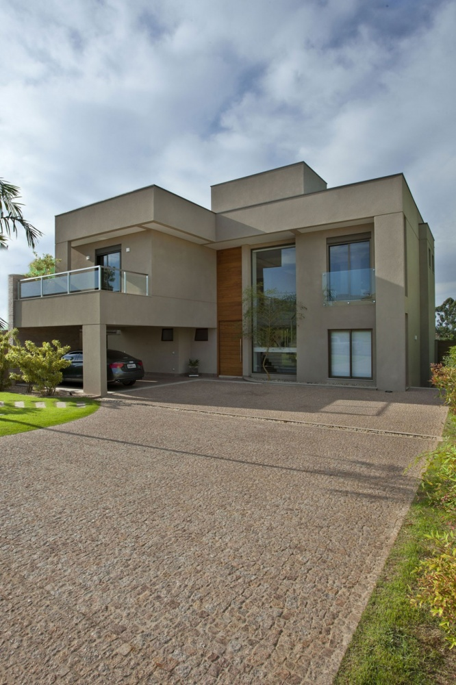 modern concrete house serene swimming pool lawn (14)
