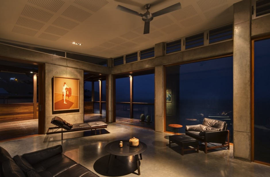 modern concrete wooden glass house vacation (1)