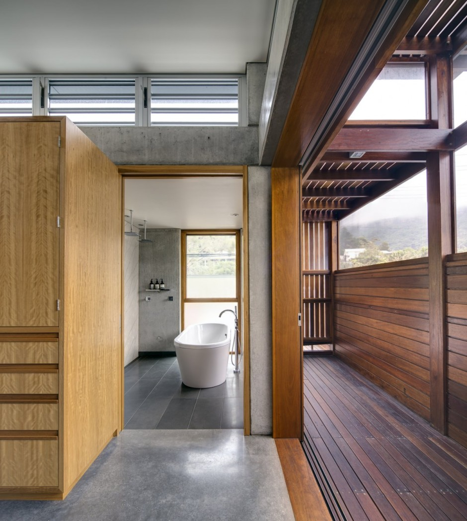 modern concrete wooden glass house vacation (7)