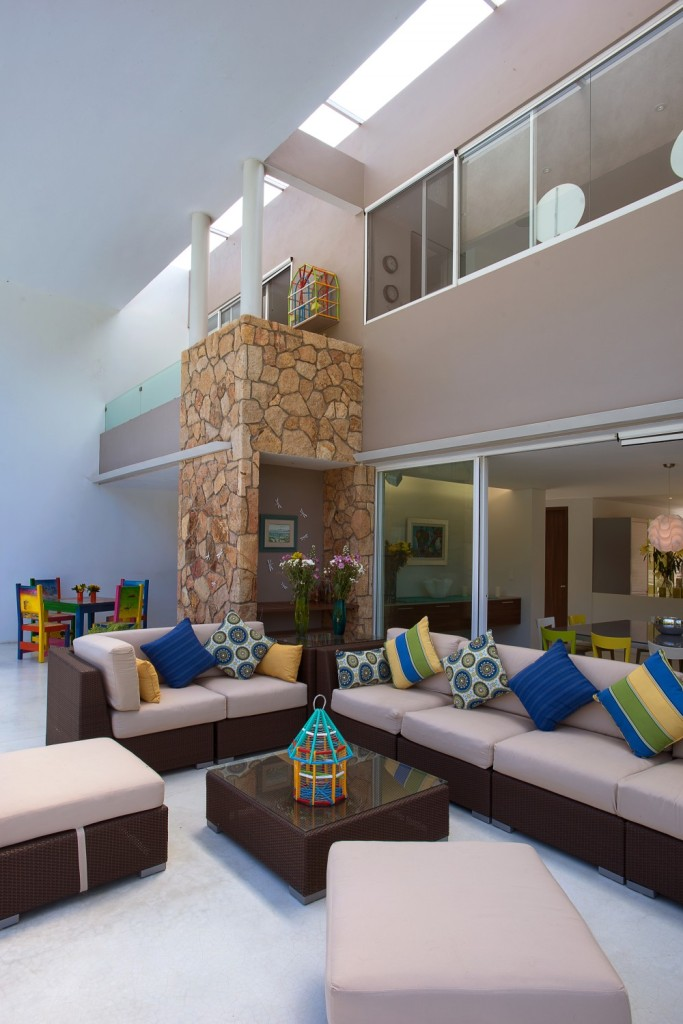 modern vacation house swimming pool (7)