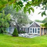 แบบบ้านกระท่อมสุดคลาสสิค ตั้งอยู่ท่ามกลางธรรมชาติสีเขียว สงบสุขสบายใจ