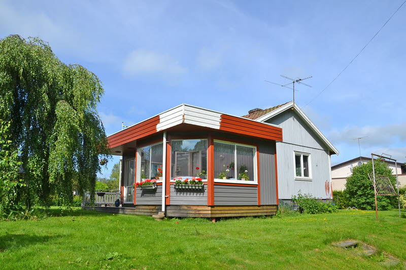 cottage modern house grey orange green nature lawn yard (11)